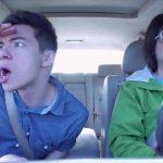 車中でノリノリのアメリカ人の青年が面白い
